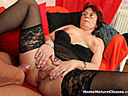 This MILF gets her tight pussy fucked by a stud and his long rod.